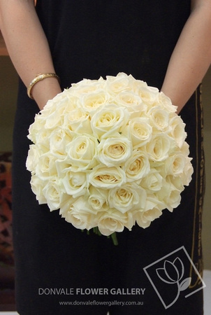 Donvale flower gallery white rose bouquets white rose wedding white rose wedding bouquet mightylinksfo
